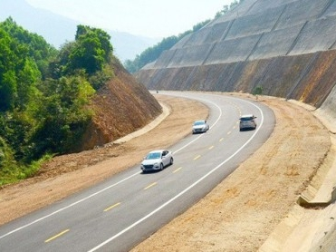 Cao Bo - Mai Son highway project - Vinh Hung JSC