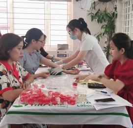 Vĩnh Hưng tổ chức khám sức khỏe định kì cho CBNV - VĨNH HƯNG JSC