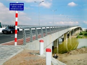Cầu Nguyễn Tri Phương - VĨNH HƯNG JSC