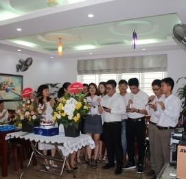 Vĩnh Hưng kỷ niệm ngày Doanh nhân Việt Nam 13/10/2017 - VĨNH HƯNG JSC