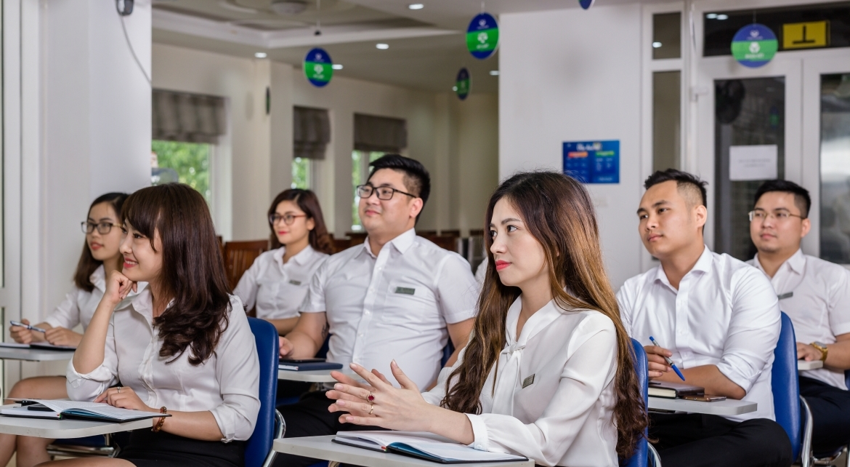 Training - VĨNH HƯNG JSC